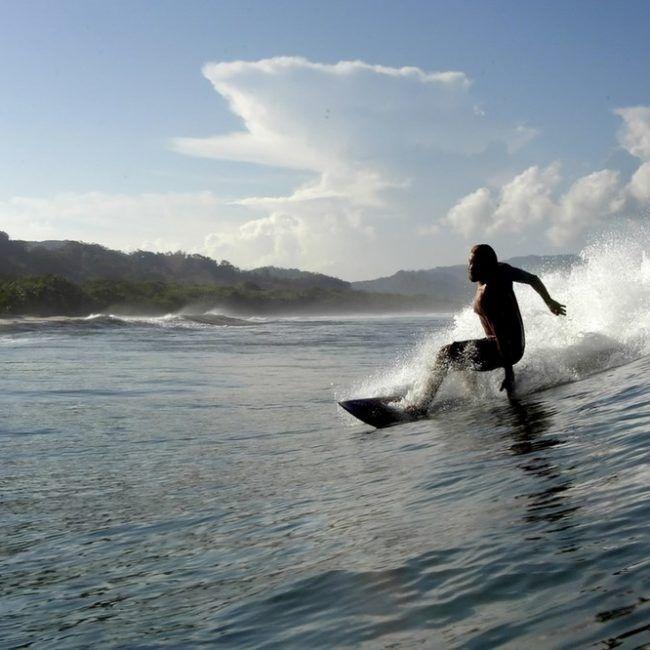Passion du surf à vivre au Costa Rica