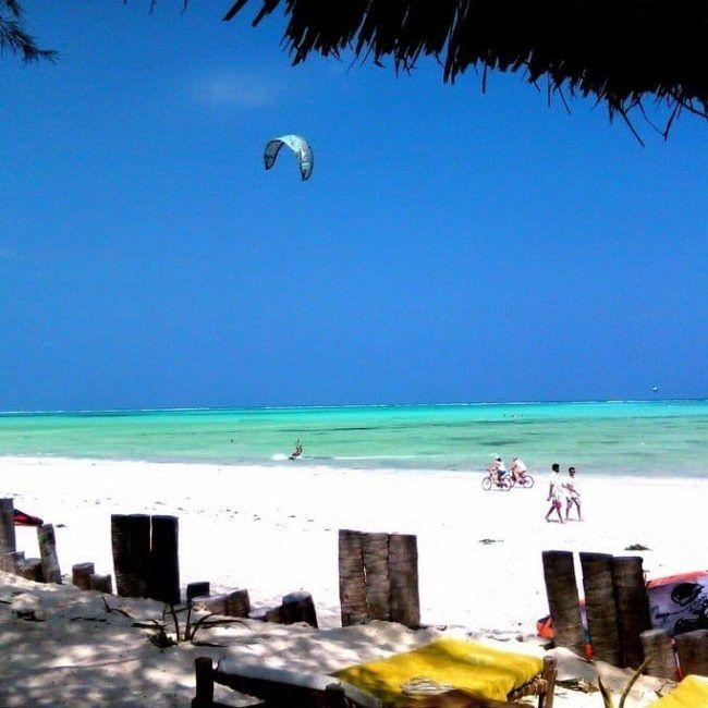 Dhow Inn - Zanzibar